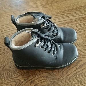 Ugg boots boy size 2 black